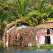 Old wattled houseboat on Kerala backwaters. Kerala, India — Stock Photo