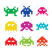 Space invaders, 8bit aliens icons set — Stockvektor
