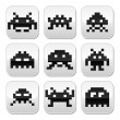 Space invaders, 8bit aliens buttons set — Stock Vector