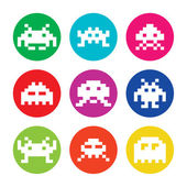 Space invaders, 8bit aliens round icons set — Stock Vector