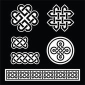 Celtic Irish patterns and braids on black background — Stock Vector