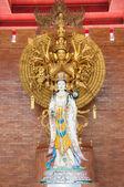 Merhamet guan yin heykel tanrıçası — Stok fotoğraf
