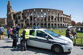 Police in front of the Colosseum — Stock Photo