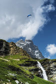 Paragliding over the Matterhorn, Aosta Valley — Stock Photo