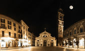 Varese, piazza San Vittore - Night view — Stock Photo