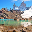 Mountain landscape with Mt Fitz Roy and Laguna de Los Tres in Los Glaciares National Park, Patagonia, Argentina, South America — Stock Photo