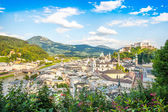 Beautiful view of the historic city of Salzburg with Festung Hohensalzburg in spring, Salzburger Land, Austria — Stock Photo