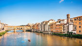 Ponte Vecchio with river Arno at sunset, Florence, Italy — Stock Photo