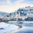 Beautiful view of Salzburg skyline with Festung Hohensalzburg and river Salzach in winter, Salzburger Land, Austria — Stock Photo #26387197