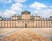 マドリード、スペインの近くサン ロレンソ デ エル エスコリアル修道院 — ストック写真