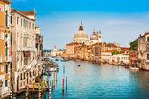 Canal Grande with Basilica di Santa Maria della Salute at sunset in Venice, Italy — Stock Photo