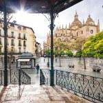 Plaza Mayor with Catedral de Santa Maria de Segovia in the backg — Stock Photo