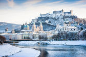 Salzburg skyline with Festung Hohensalzburg and river Salzach in winter, Salzburger Land, Austria — Stock Photo