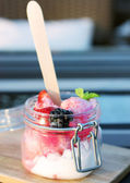 Ice cream with berries — Stock Photo