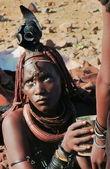 Portrait of a Himba woman in Epupa, Kunene, Kaokoland, Namibia. — Stock Photo