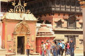 Locals and tourists at Sun Dhoka-Golde Gate Bhaktapur-Nepal. 0236 — Stock Photo