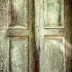 Old vintage retro wooden door background — Stock Photo