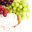 Grape and cheese — Stockfoto