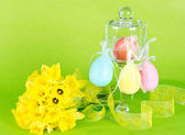 Colorful Easter composition. Flowers and eggs — Stock Photo