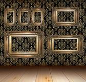старая гранж интерьер с золотые рамы — Стоковое фото