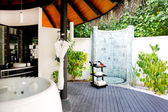 Outside bath room. tropical resort — Stock Photo