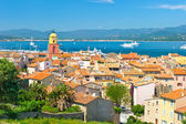 View of Saint-Tropez with sea and blue sky — Stock Photo