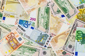 Notas de euro e dólar. fundo de dinheiro — Foto Stock