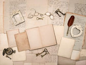 Vintage things, old letters and photo frames — Stock Photo