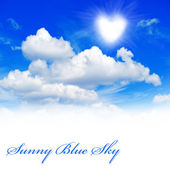 Beautiful sunny blue sky background — Stock Photo