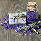 Herbal lavender soap and bath salt — Stock Photo