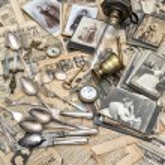 Antique goods — Stock Photo #31266263