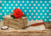 Old love letters and postcards — Stockfoto