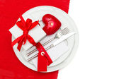 Valentines Day table place setting decoration — Stock Photo