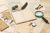 Antique accessories, old letters, inkwell and ink pen — Stock Photo