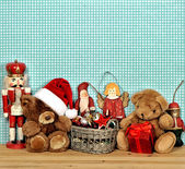 Nostalgic christmas decoration with antique toys — Foto de Stock