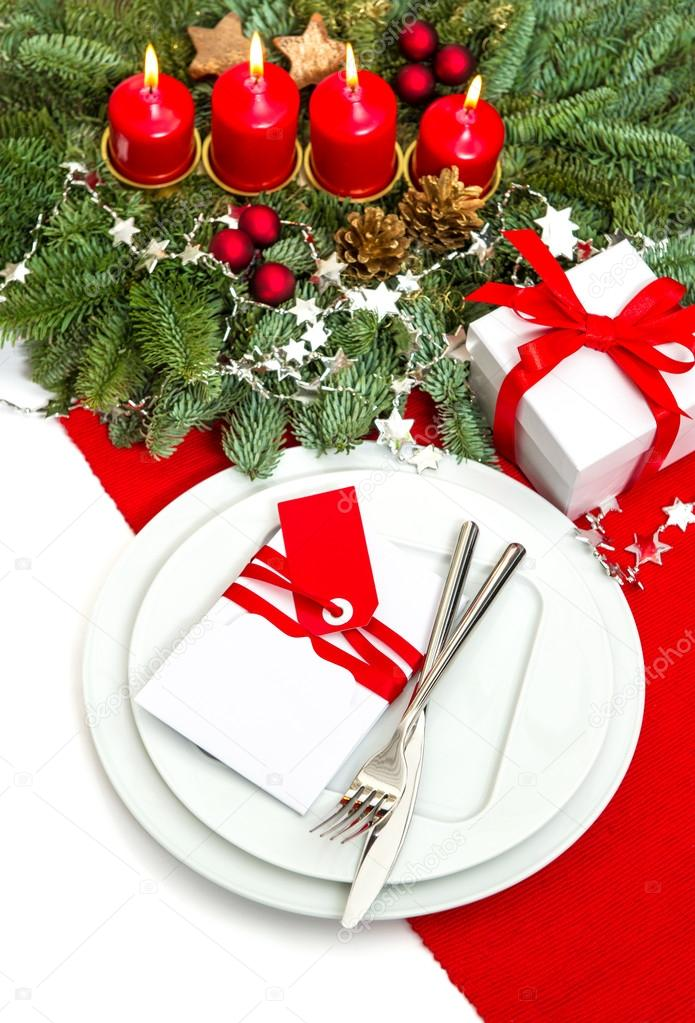 Christmas table place setting decoration in red and white
