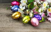 Vårblommor och påsk ägg dekoration — Stockfoto