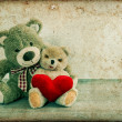 Teddy Bears couple with red heart. Valentines Day concept — Stock Photo
