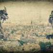 Demons gargoyle und chimera. Notre Dame de Paris — Stock Photo #41740947