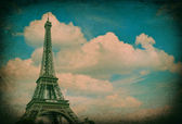 Eiffel Tower against blue sky. Vintage picture — Stock Photo