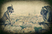 Demons gargoyle und chimera. Notre Dame de Paris — Stock Photo