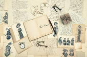 Antique accessories, old letters and fashion drawings — Stock Photo