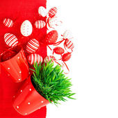 White red easter eggs with green grass — Стоковое фото