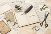 Open diary notebook, old letters and postcards — Stock Photo
