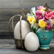 Tulips, butterflies and vintage easter eggs — Stock Photo