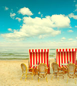 Beach cafe on the Baltic Sea. lanscape with cloudy blue sky — Stock Photo
