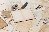 Old letters, antique accessories and office tools — Stock Photo