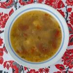 Ukrainian borscht in bowl — Stock Photo