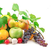 Set of fresh fruit and vegetables — Stock Photo