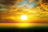 Sunrise over the sea — Stock Photo
